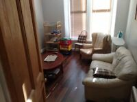 Single bed flat share in central Crieff
