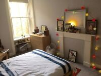 Beautiful double room in Stockbridge flat-share.