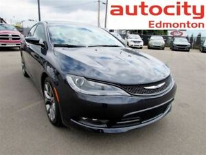 2016 Chrysler 200 S AWD LEATHER SUNROOF NAVIGATION LOW KM!