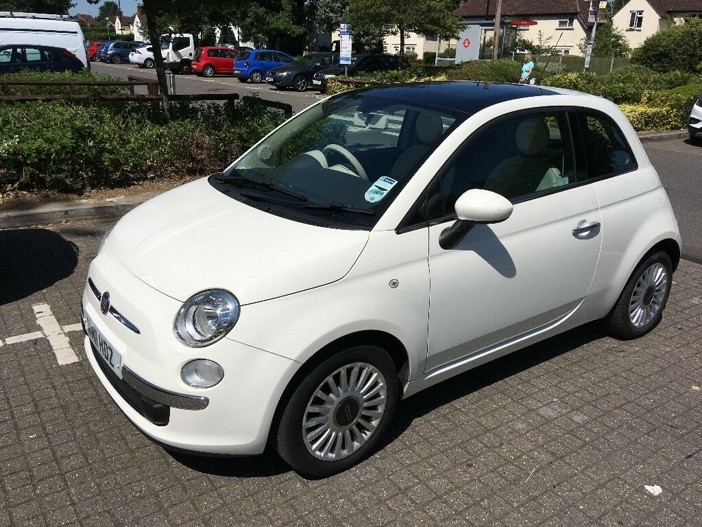 Uitgelezene White Fiat 500 (2011) with panoramic roof in great condition | in HU-63