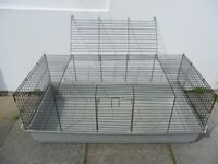 PET CAGE - Very Large Plastic Base with Metal / Wire Locking Cage Top - W117cms x D58cms x H48cms