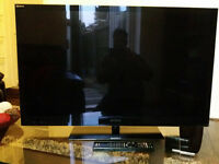 40 inch Sony Bravia LED TV KDL-40NX713 with FREE Brand New 3D transmitter