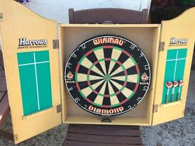 Winmau Diamond Dart Board & Wood Cabinet