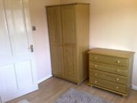 **Ensuite Room for Single or Couple - No Bills No Council Tax**