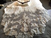 Enzoani Ibarra wedding dress- brand new , never been worn or altered