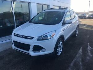 2014 Ford Escape Titanium Moonroof, Leather $170.08 b/weekly.