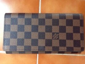 New Louis Vuitton Paris Women's Checker Brown Canvas Material Bifold Purse With 16 Total Pockets