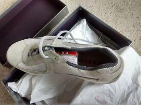 pneix Nike Roshe Run Black/White/Speckled Sole SIZE8.5 | in York, North