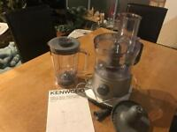Kenwood FPP225 Food Processor-Silver
