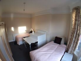 TWIN ROOM AVAILABLE IN MORA ROAD CRICKLEWOOD