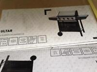 Gas Barbecue / 4 burner brand new