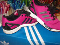 **ADIDAS BARGAIN** pink / black torsion trainers - great condition