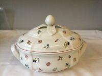 Serving dish porcelain, Villeroy & Boch, Petite Fleur design