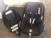 Maxi Cosi Cabriofix Car Seat and ISO fix base