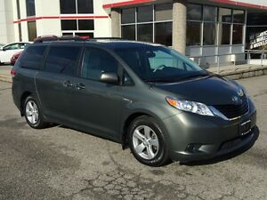 2013 Toyota Sienna 5dr V6 LE 7-Pass FWD Mobility