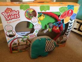 Bright Starts Sensory Safary Baby Activity Gym with box