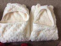 Baby bear wrap around and grow bag