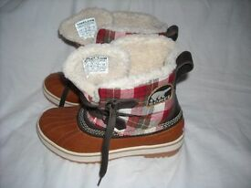 SOREL ladies boots new reduced to sell