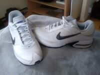 Men's Nike white trainers sz 10