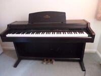 Yahama Clavinova CLP - 820 Digital Piano