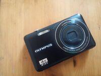 Olympus VG-150 12.0 MP Black
