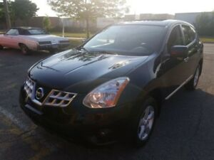 2013 Nissan Rogue Special Edition With Sunroof. Accident free
