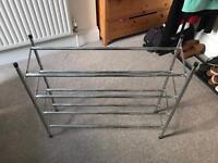 4 layered extendable shoe rack