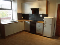 Quiet City Centre Flat for rent, 2 Bedroom, Unfurnished, Newly renovated.
