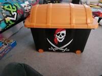 Pirate toy box