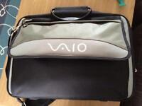 "Genuine SONY VAIO PCGE-CCP2W ~ 17"" Laptop Bag"