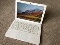 Apple MacBook White 120GB SSD 8GB RAM