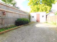 Beautiful 3 bedroom House with private Garden