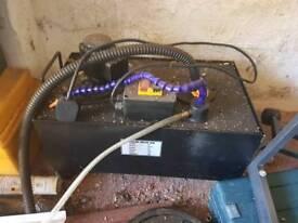 Machine cooling pump