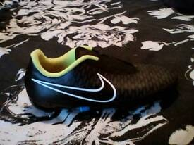 Magistra nike footy boots