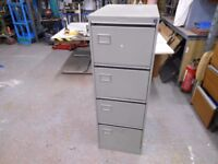 4 drawer heavy duty tool cabinet in excellent condition. can deliver