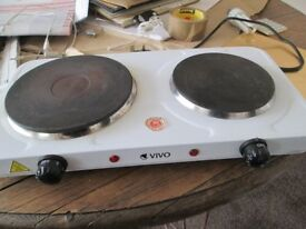TWO ELECTRIC HOB COOKING PLATE. MADE BY VIVO. USED FOR 3 MONTHS ONLY. GOOD WORKING ORDER.