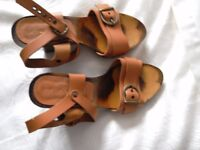 Tan Leather and Wood Wedge Sandals Size 38 UK 5