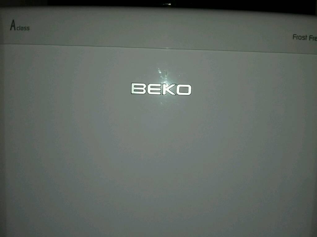 Beko fridge freezerin Putney, LondonGumtree - Beko fridge freezer working perfectly nice and clean condition 16 months old