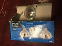 3 MR16 35W halogen bulbs