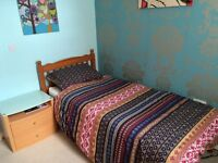 LOVELY DOUBLE BEDROOM TO RENT MON TO FRI ONLY IN BEAUTIFUL PROPERTY CLOSE TO EXETER