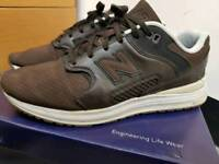 New Balance mens trainers/shoes size 8.5