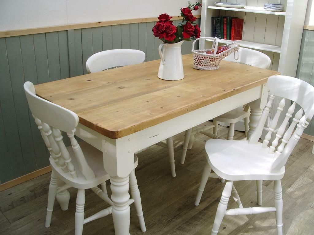 Stunning reclaimed pine country farmhouse 4 ft table and 4 for Gumtree beauty table