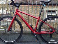 Pinnacle Hybrid Bike (Carrera Cannondale Giant Specialized BMX iPhone Nike)