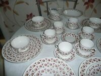 China 40 piece Dinner Set