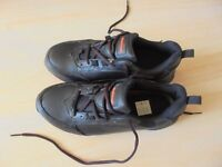 WorkTough Safety Boots, Shoes size 41, UK size 7, NEED TO GO.