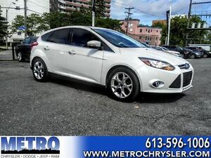 2012 Ford Focus Titanium- GPS, SUNROOF, LEATHER