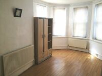 3/4 bedroom 2 bath flat to rent - only 650pw - perfect for students/sharers - W14 Hammermsith