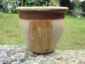 Vintage Cream & Brown Ceramic Garden Planter With Grass Detailing 19.5cm Tall