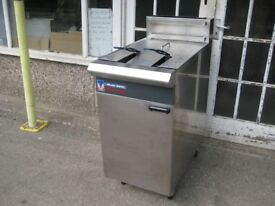 Blue Seal Vee -Ray GT46 fryer gas LPG with gas safe certificate, refurbished.