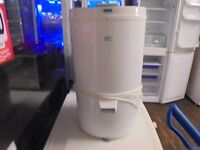 CREDA SPIN DRYER PERFECT WORKING ORDER NICE N CLEAN,,, FREE DELIVERY